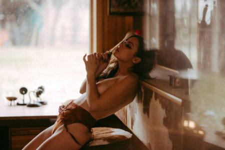 These were taken in the cutest house ever outside of Edmonton, at a boudoir workshop hosted by the genius Joao Guedes, modeled by the gorgeous @ohkay_tea.