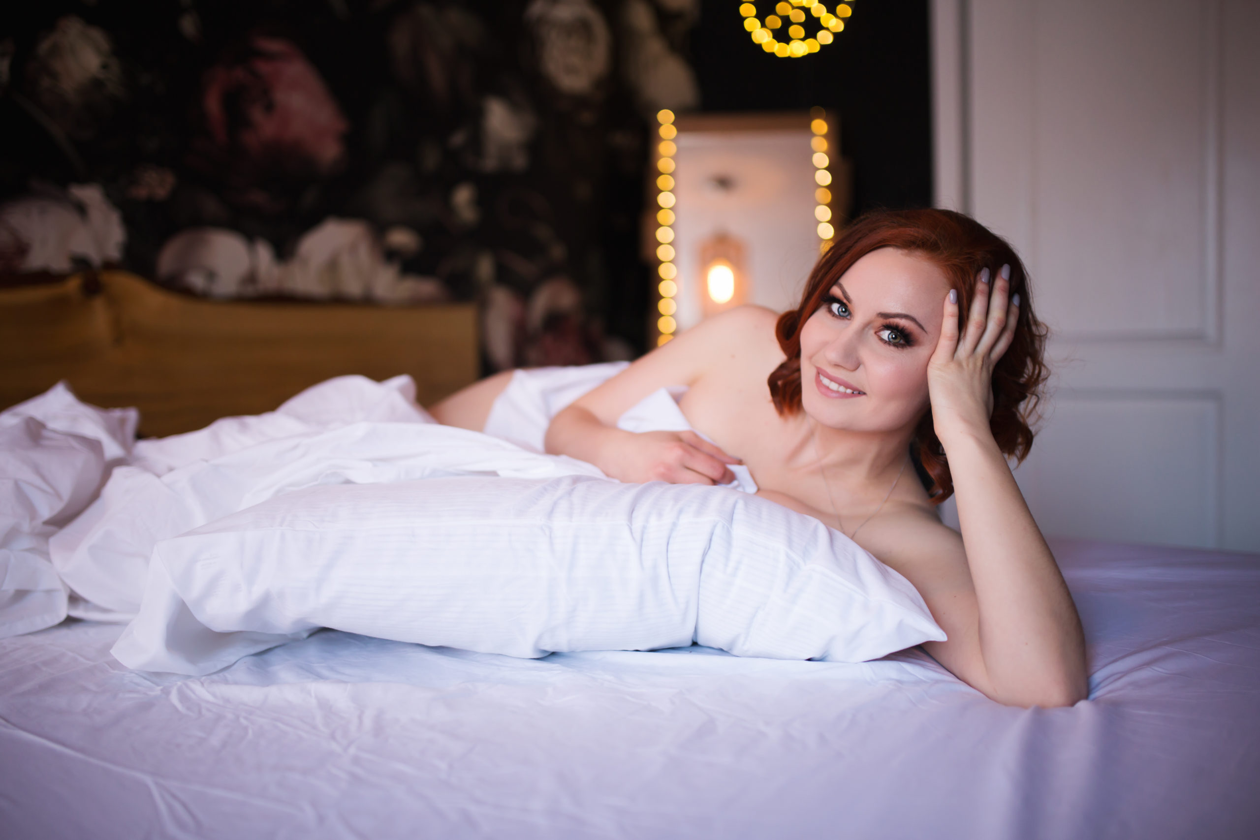 Boudoir Session in Fort McMurray with Fox and Bird Photography