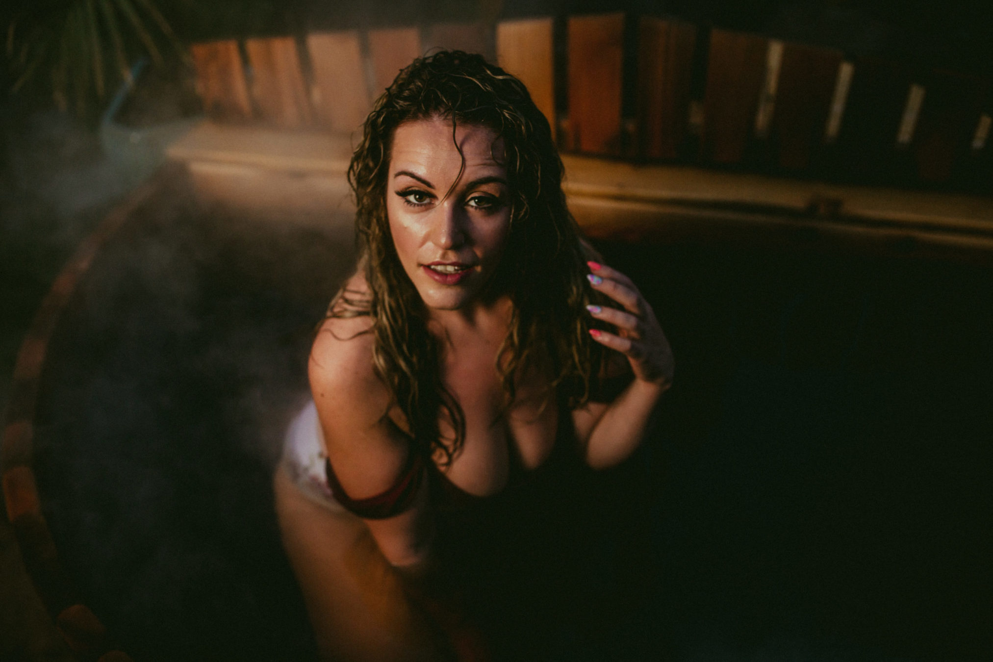 HOT TUB BOUDOIR SESSION